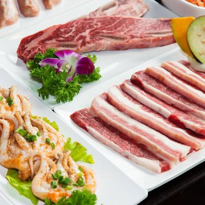 Thực đơn món nướng phong phú, được chế biến và tẩm ướp với bí quyết riêng của nhà hàng