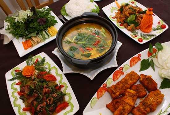 Set ăn ĐẶC SẢN CÁ NHEO hấp dẫn dành cho 04 người tại Nhà hàng QS chỉ với 475.000đ