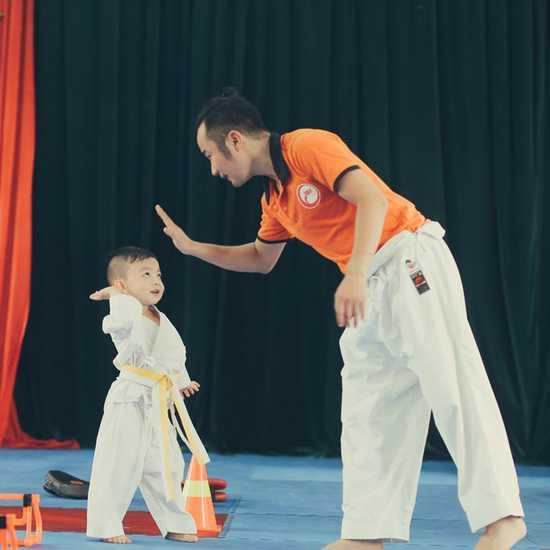 Khóa học võ Karatedo cho bé 4-15 tuổi