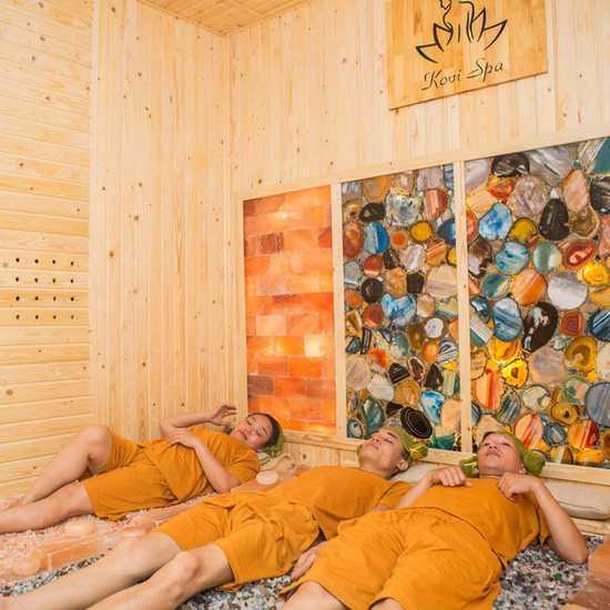 Xông hơi đá quý, massage body bài độc - Kovi Spa