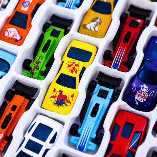 Vỉ 36 ô tô bánh đà - Bộ sưu tập xe của bé