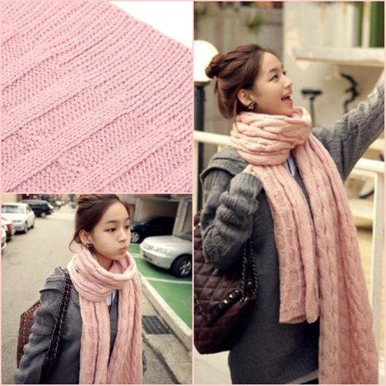khăn len ấp áp cho bạn nữ - Chỉ với 90.000đ