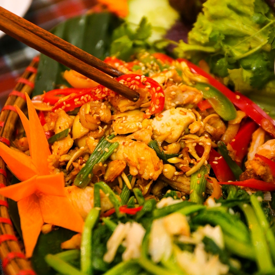 Mẹt Thỏ Đế Vương 6 món cho 3-4 người siêu hấp dẫn Nhà hàng Thỏ Đế Vương