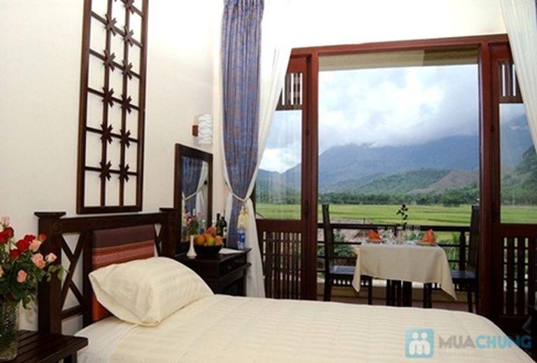 Khuyến mãi lớn nhất trong năm: Khách sạn cao cấp Mai Châu Lodge - Hòa Bình. Phòng Deluxe kèm ăn sáng cho 2 người. Chỉ 1.188.000đ/đêm
