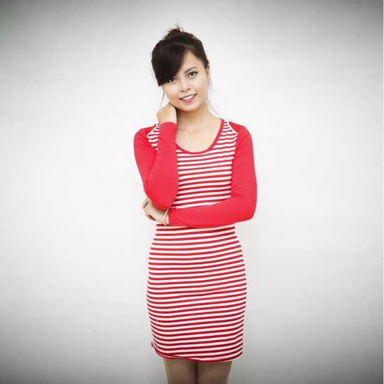 Váy kẻ ngang dài tay cho bạn gái vẻ đẹp trẻ trung, cá tính - Chỉ với 95.000đ