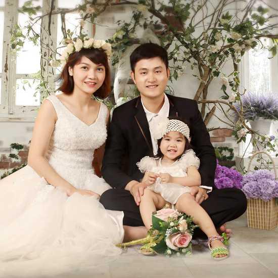 Chụp ảnh gia đình Violet Studio - Lưu giữ kỷ niệm