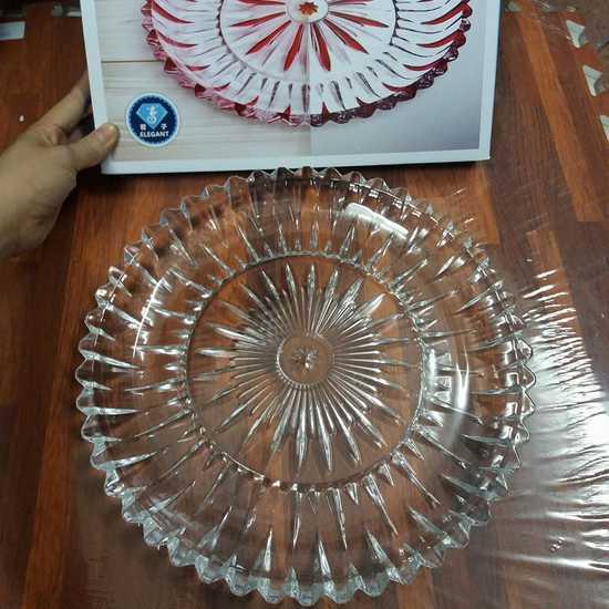 Đĩa thủy tinh tròn trắng sang trọng