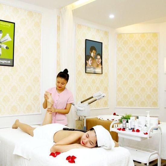 Massage body tinh dầu, chạy đá nóng giảm nhức mỏi