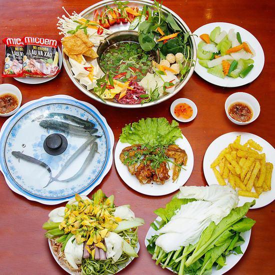 Đặc sản lẩu cá kèo Nam Bộ cho 4 người - NH Cô Hai
