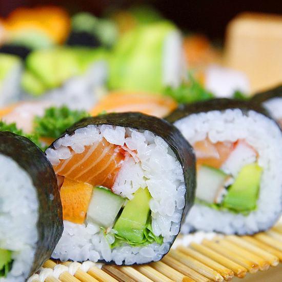 Buffet lẩu kèm sushi Shiki BBQ - Không phụ thu