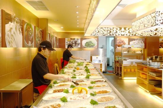 Thưởng thức BUFFET LẨU VÀ NƯỚNG với hơn 200 món ăn đậm đà hương vị Hàn Quốc, trong không gian Hiện đại của Seoul Garden chỉ với 228.000đ