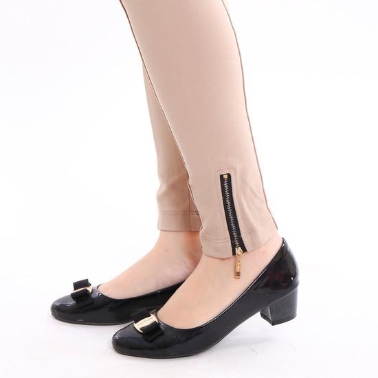 Quần tregging khóa chân sành điệu