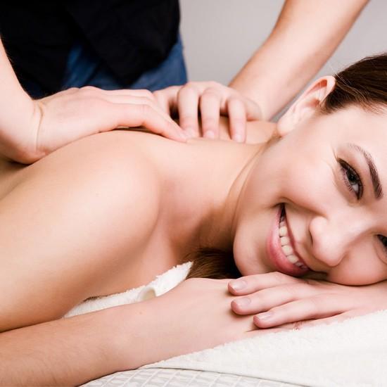 Massage body thư giãn, xông hơi, tẩy da chết 120' Spa Ban Mai