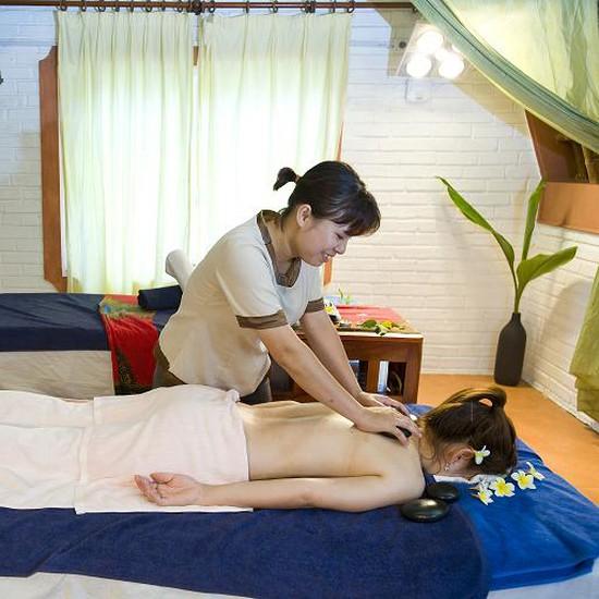 Vui chơi-ăn uống-nghỉ dưỡng nhà sàn Tản Đà Resort
