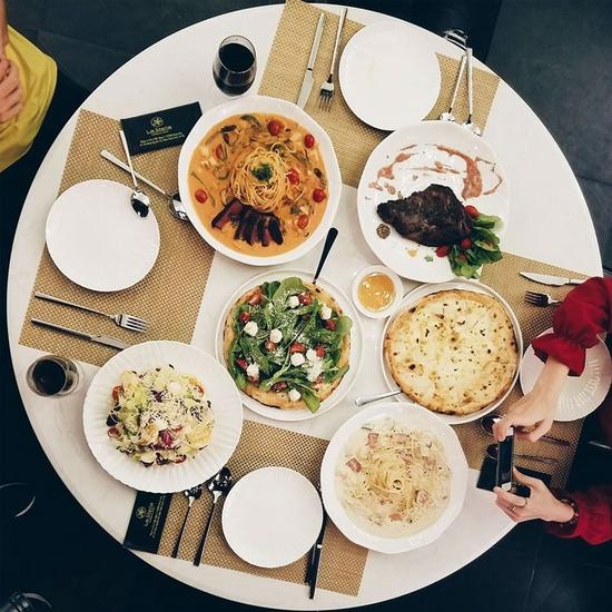 Voucher giảm giá ăn thỏa thích món Âu La Stella