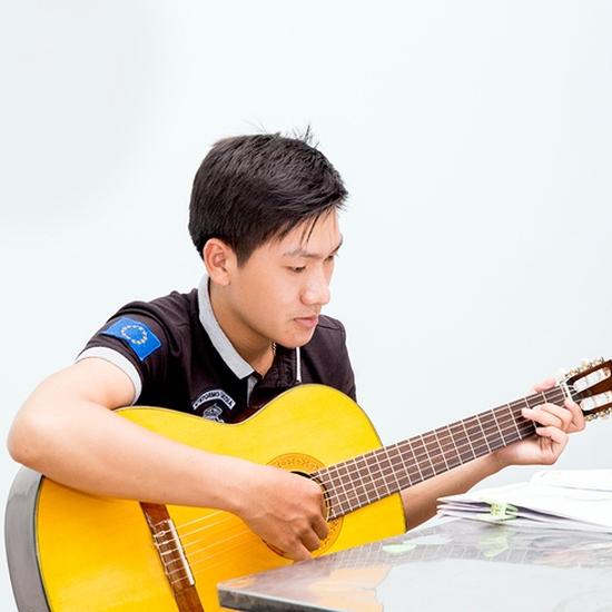 Khóa học Guitar sôi động, thú vị cho bé