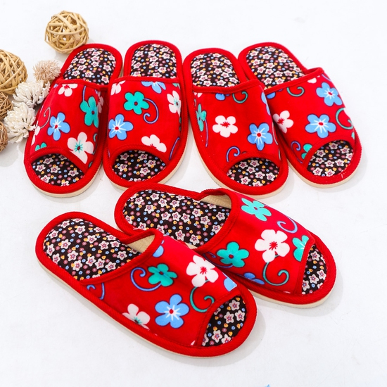 03 đôi dép nỉ họa tiết hoa đi trong nhà - hàng VN