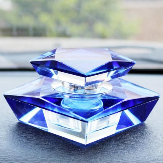 Nước hoa ô tô cao cấp hình kim cương độc đáo