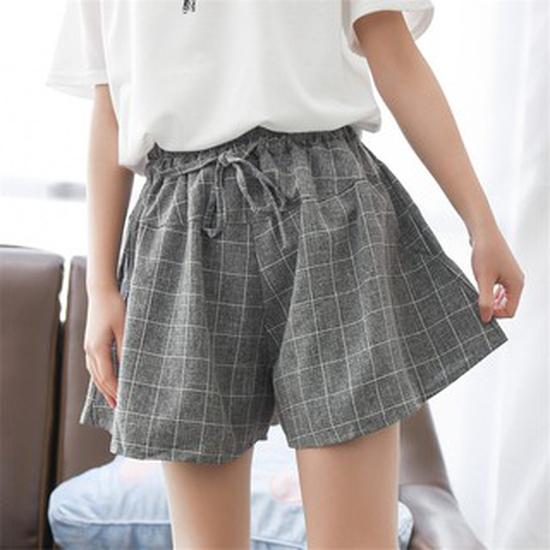 Quần sooc kẻ caro sành thời trang phong cách Nhật