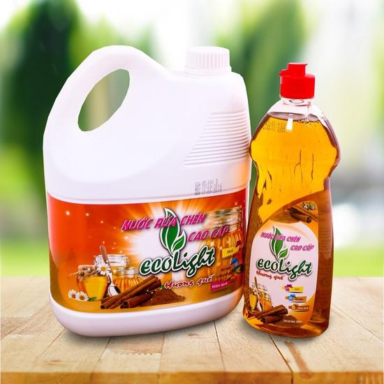 Nước rửa chén Ecolight hương quế 3,6L + 1 chai nhỏ