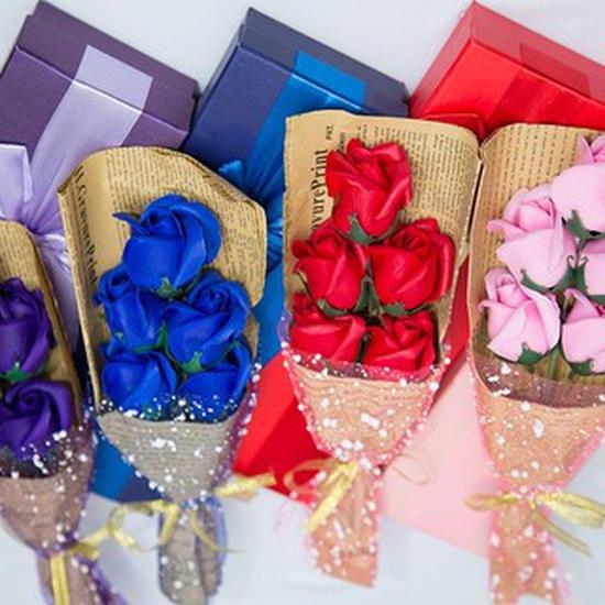 20 hộp hoa hồng sáp loại hộp 5 bông