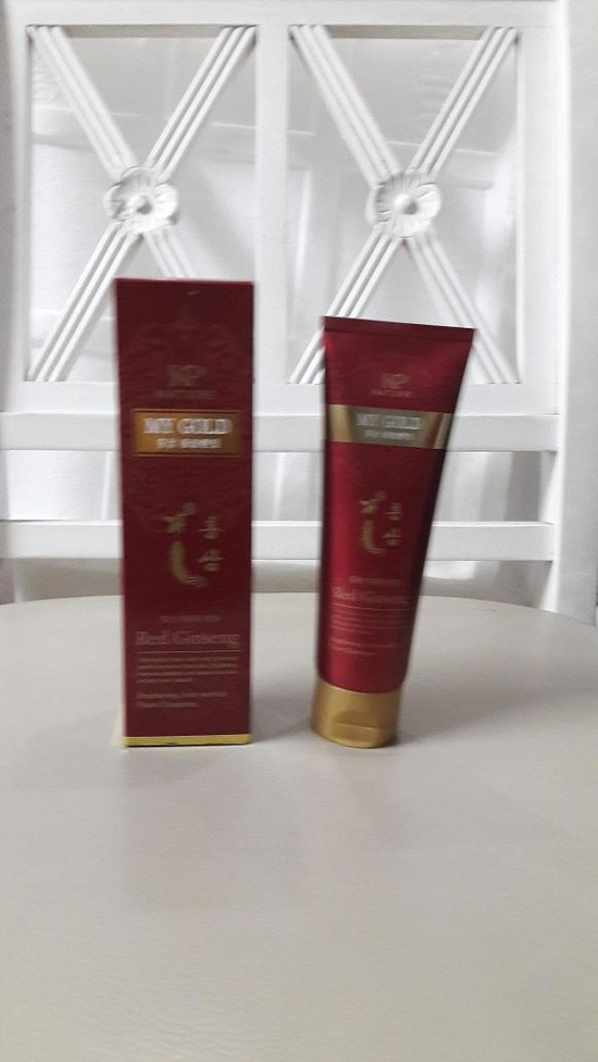 Sữa rửa mặt hồng sâm KP Nature Red Ginseng Foam Cleansing 130ml