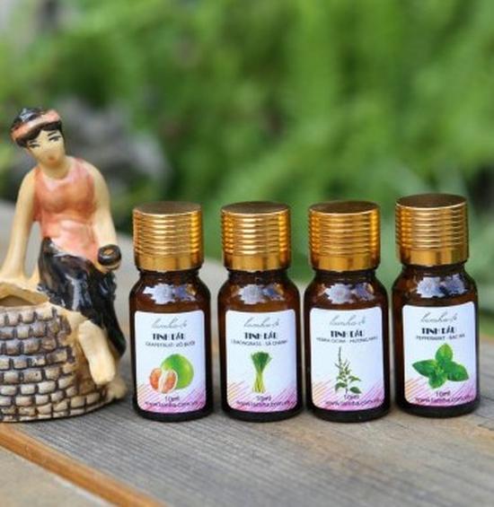 Bộ 4 lọ tinh dầu tắm xông giải cảm sả, hoa bưởi, hương nhu, bạc hà