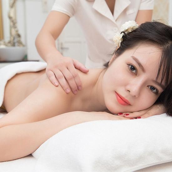 Massage body tặng thẻ chăm sóc da mặt tại Hạnh Beauty Spa