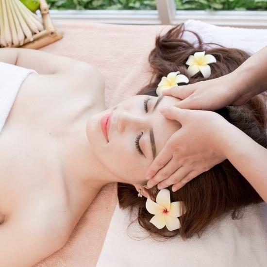 Chăm sóc da Vitamin, dưỡng ẩm, massage thư giãn Ban Mai Spa