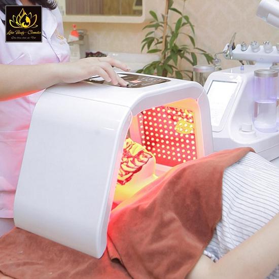 Trị mụn công nghệ độc quyền hết thâm, hết viêm tại Lotus Beauty - Cosmetics