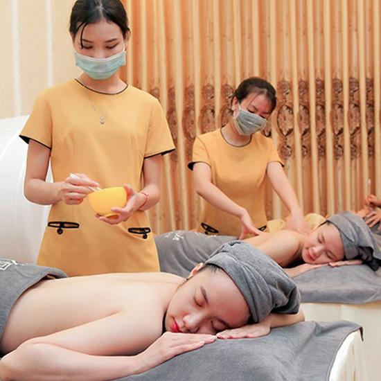 Tắm trắng toàn thân kết hợp massage body 90 Phút tại Thuỷ Nguyễn Spa & Clinic