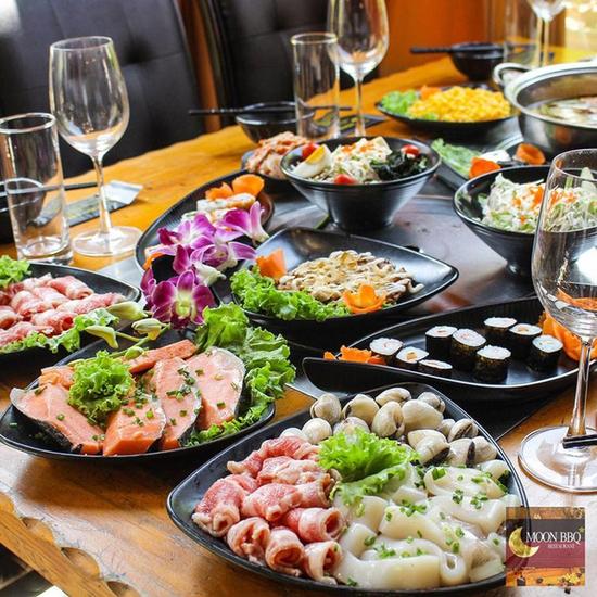 Buffet Lẩu Hải sản bò Mỹ và Sushi tại Nhà hàng Moon BBQ