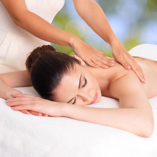 Thư giãn với liệu trình massage body và ngâm chân 75 phút tại Sun Spa