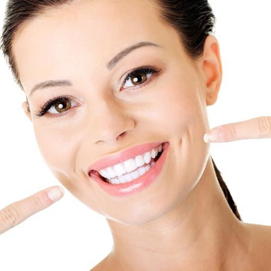 Lấy cao răng siêu âm + Tẩy trắng răng CN cao Nha khoa Thu Lan