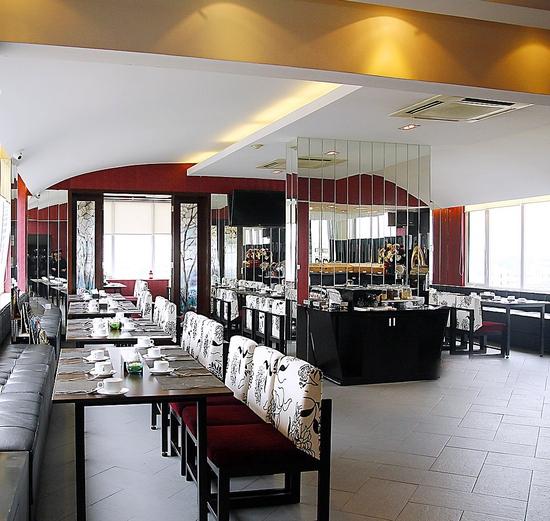 Ngon lạ set cháo ếch kiểu Singapore cho 2 người Nhà hàng d'LIONS Restaurant