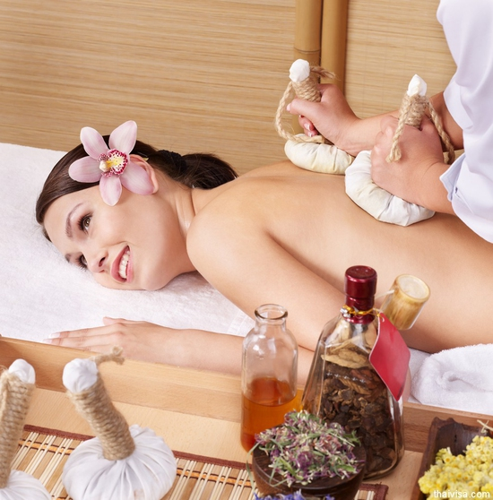 Massage, chải thông kinh lạc đặc trị đau mỏi Thu Trúc Spa