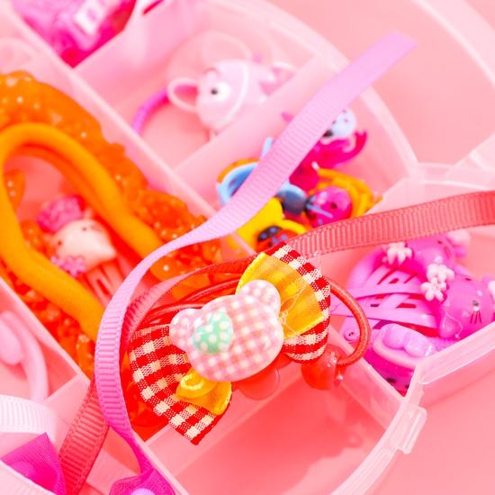 Hộp phụ kiện tóc Hello Kitty nhiều món cho bé
