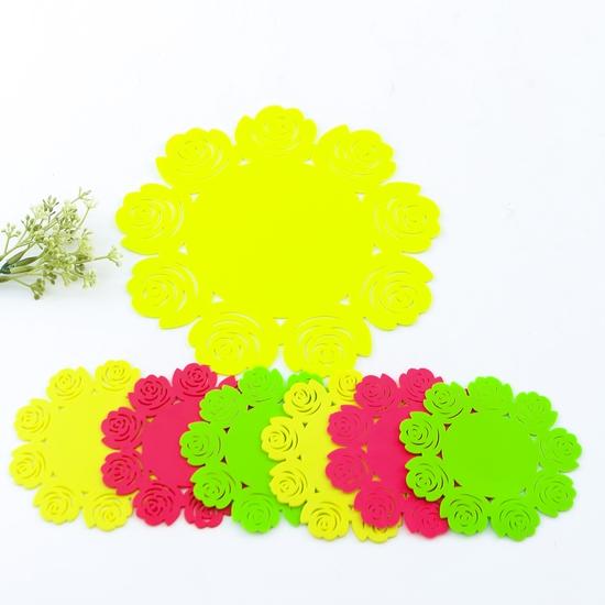 Set 1 lót nồi + 6 lót cốc silicon dập hoa xinh xắn
