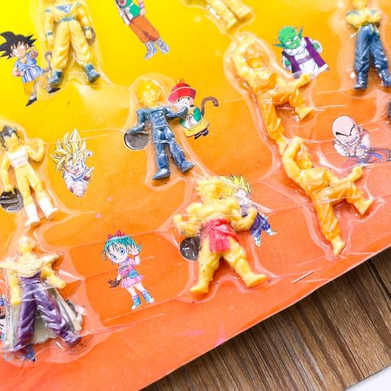 """Vỉ đồ chơi các nhân vật trong """"Bảy viên ngọc rồng"""""""