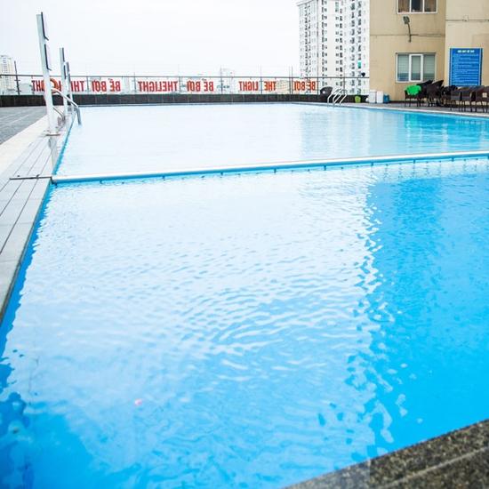 Vé bơi 2 lượt người lớn - Bể ngoài trời The Light