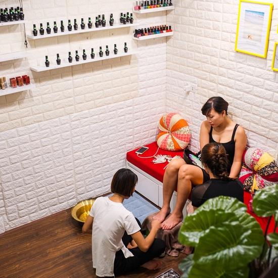 Voucher sơn sửa móng tay hoặc chân tại Maison Nail