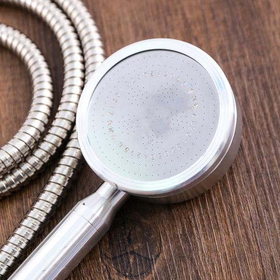 Bộ vòi sen tăng áp có hạt lọc kèm dây giãn 1.5m