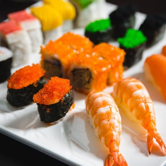 Đẳng cấp buffet trưa hải sản Á, Âu tại Sứ Buffet
