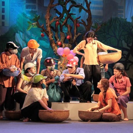 Voucher xem hài kịch tháng 9 tại Nhà hát Tuổi Trẻ