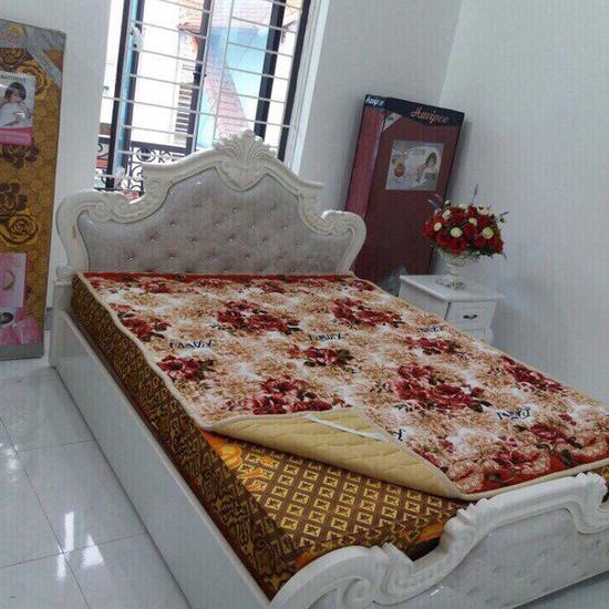 Thảm nỉ trải giường họa tiết 1,8x2m