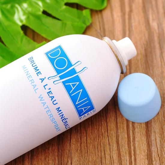 Xịt khoáng dưỡng ẩm Dollania nhập khẩu Pháp 400ml