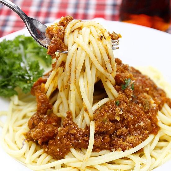 Pizza Hoa Ý và mỳ Spaghetti ngon đúng điệu