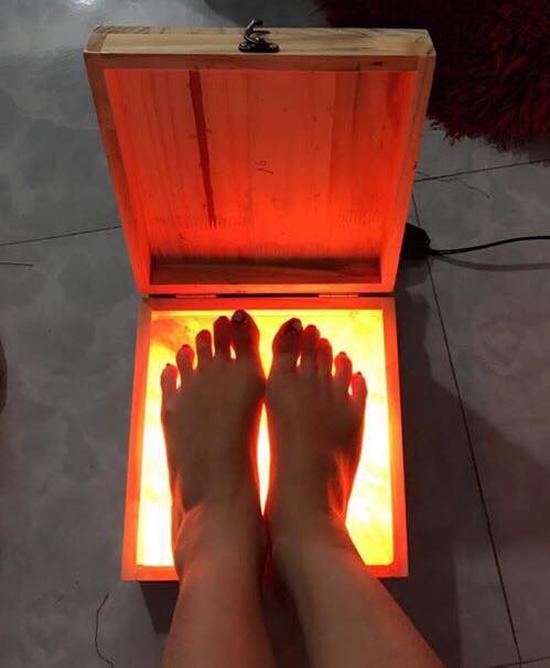 Đèn đá muối massage chân Hymalaya