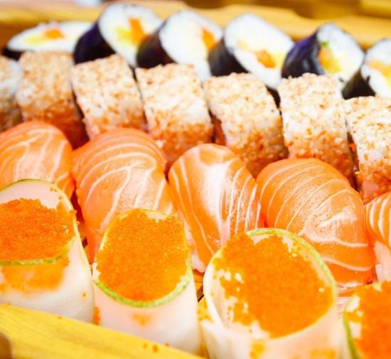 Buffet cao cấp Sen Việt hơn 160 món Âu Á đặc sắc
