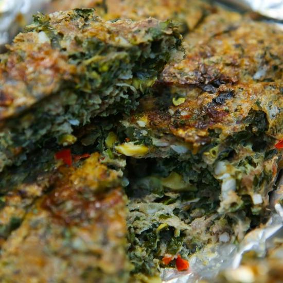 Lẩu ốc nấu xưa cùng nhiều món ăn kèm hấp dẫn